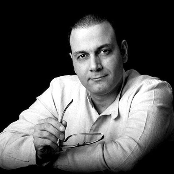 قطعه «رویا» با صدای علیرضا قربانی برنده جایزه آکادمیای 2019 شده است