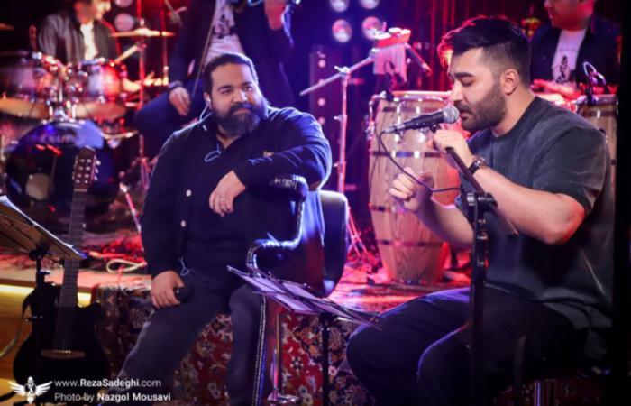همخوانی رضا صادقی و علی یاسینی در کنسرت آنلاین